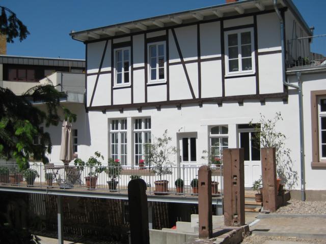 4 Kernsanierung und Dachausbau eines denkmalgeschützten Altbaus in Durlach