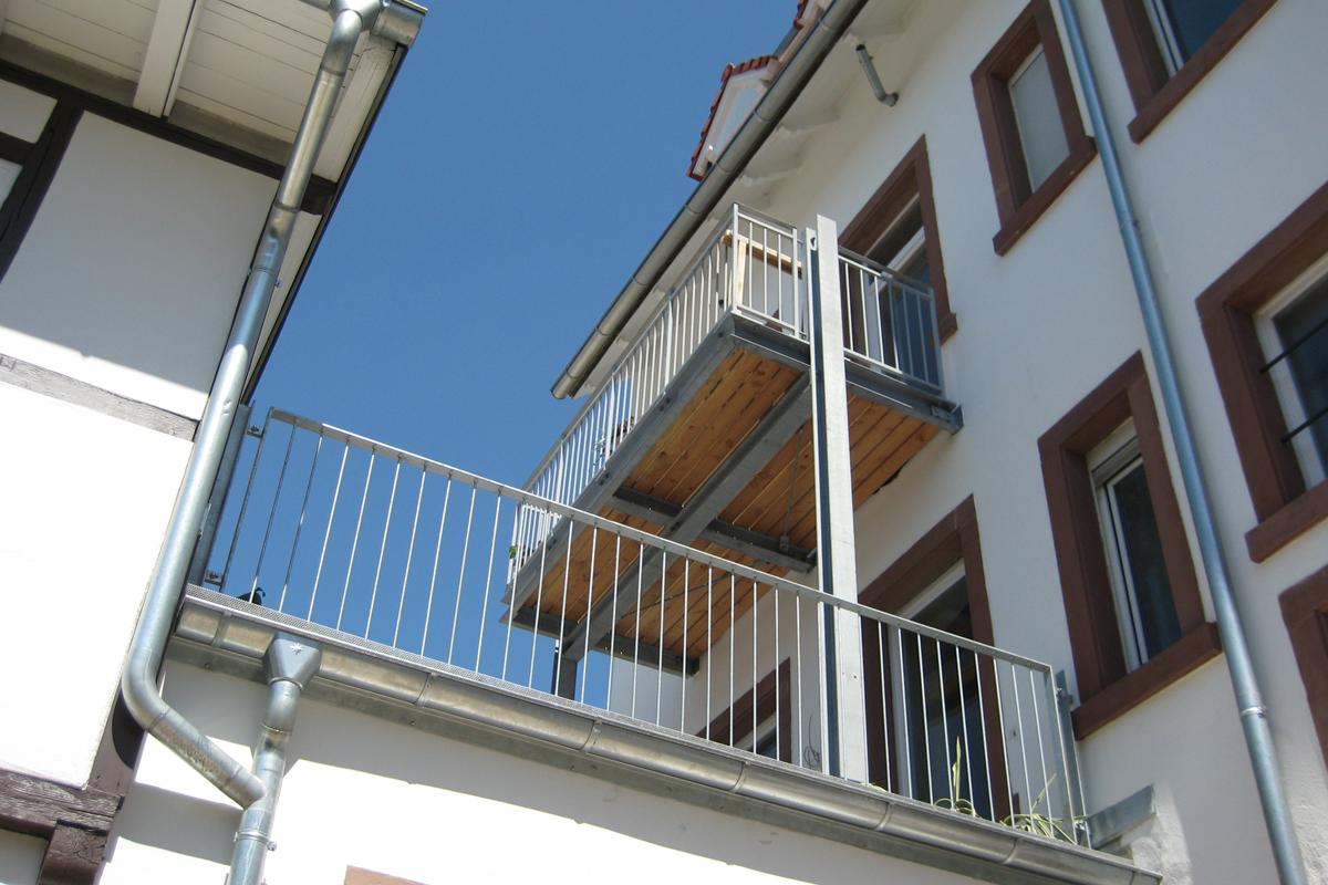 6 Kernsanierung und Dachausbau eines denkmalgeschützten Altbaus in Durlach