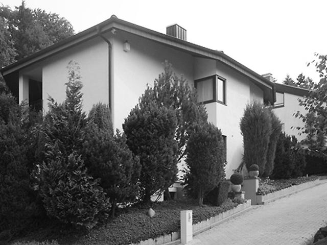9 Vorher - Anbau und Umbau eines Einfamilienhauses in Durlach - Ansicht Perspektive