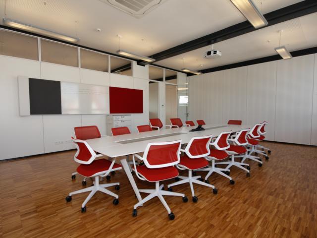 Sanierung und Innenausbau von Büroräumen in der Raumfabrik in Durlach