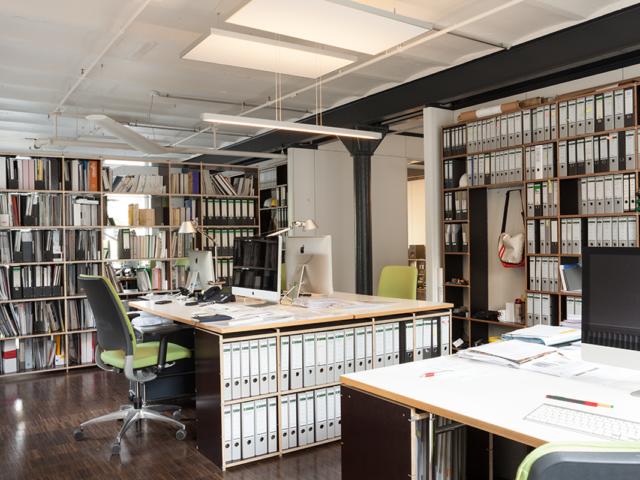 Innenausbau von Lagerräumen für Büronutzung des Gebäudes 29 in der Raumfabrik Durlach